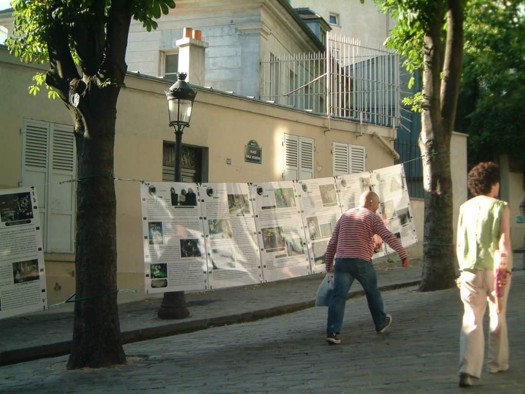 expo cabarets Montmartre à la une