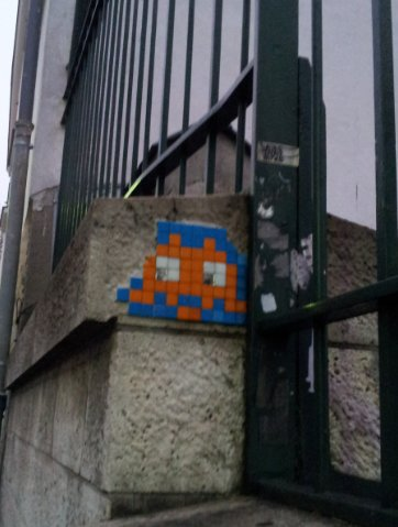 Space invader Montmartre